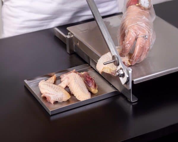 máy cắt thịt inox