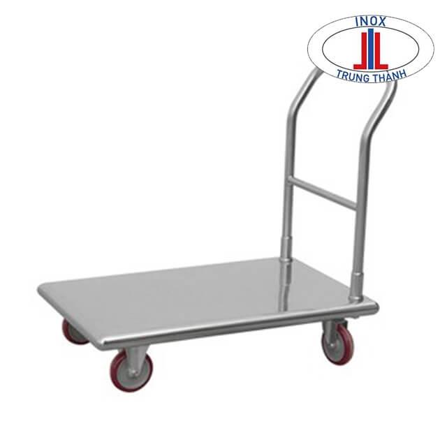 xe đẩy inox có thể được làm bằng thép 201 hoặc 304 tùy từng điều kiện.